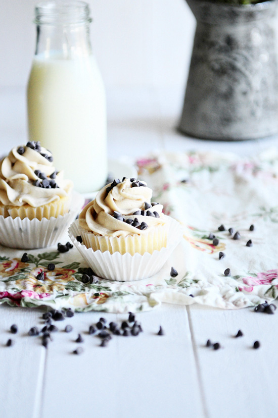 French Vanilla Cupcakes