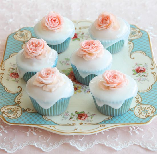 Say It With Flowers - Pretty Floral Cupcakes