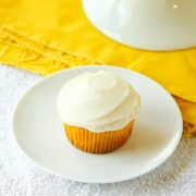 Crushed Pineapple Cupcakes