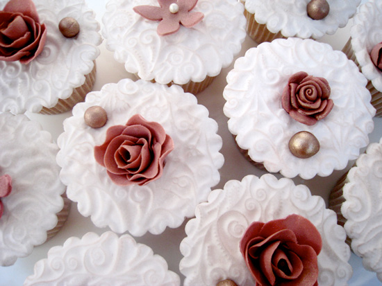 French Vintage Wedding Cupcakes