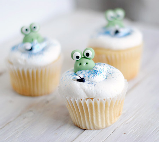 Frogs in a Bog Cupcakes