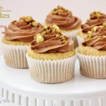 Pistachio Cupcakes with Chocolate Buttercream Frosting, cupcakes recipes