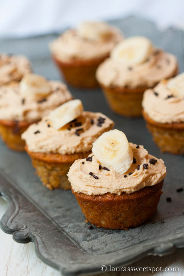 Nutella-Swirled-Banana-Cupcakes-with-Peanut-Butter-Frosting