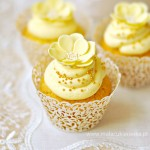 Thumbnail image for Golden Cupcakes with Advocaat