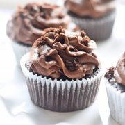 Amazing Chocolate Cupcakes with Chocolate Buttercream Frosting