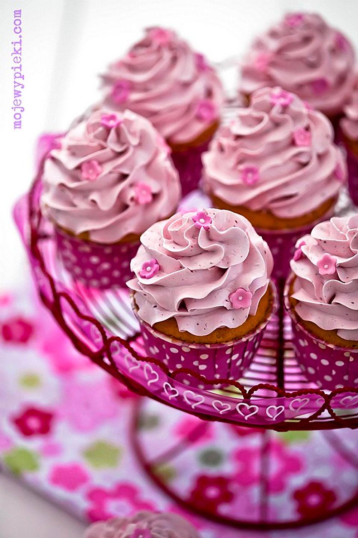 Raspberry Cupcakes with Raspberry Swiss Meringue Buttercream