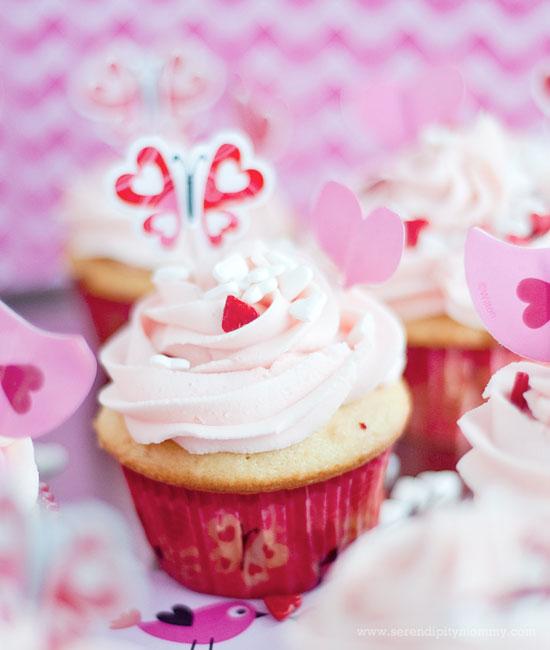 Surprise Inside Valentine Cupcakes