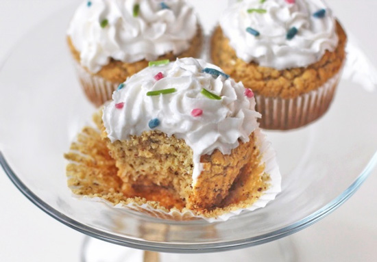 Lo Calorie Vanilla Cupcakes
