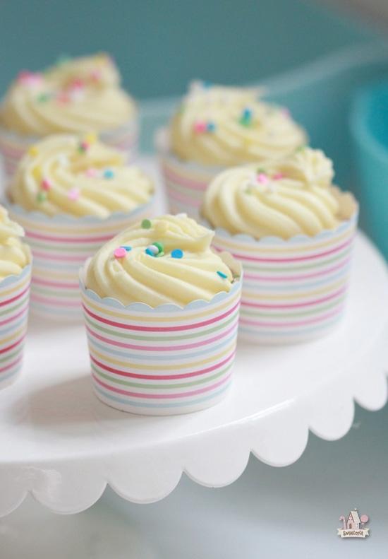 Golden Vanilla Dream Cupcake Recipe