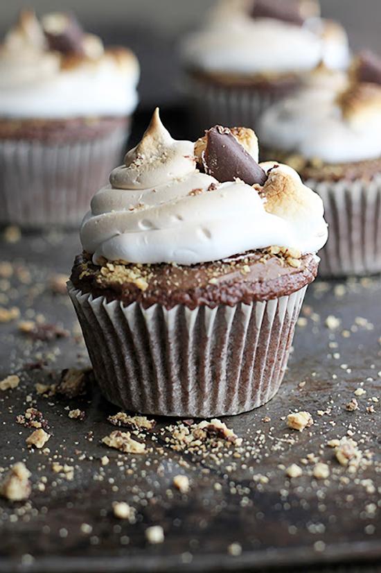 Deluxe Graham S'mores Cupcakes Recipe