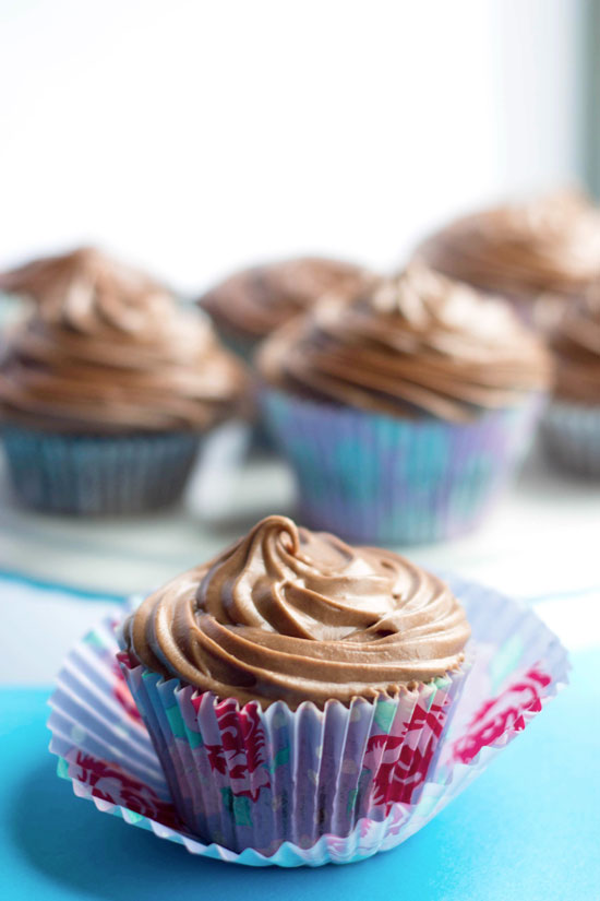 Chocolate Cupcakes with Chocolate Cream Cheese Frosting, baking, cupcakes, recipes, daily, blog, cupcakedailyblog