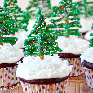 Chocolate, Christmas Tree, Cupcakes, Cream Cheese Frosting, baking, recipe, festive, season