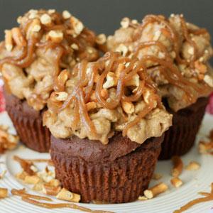Dark Chocolate Cupcakes with Salted Caramel Pretzel Frosting