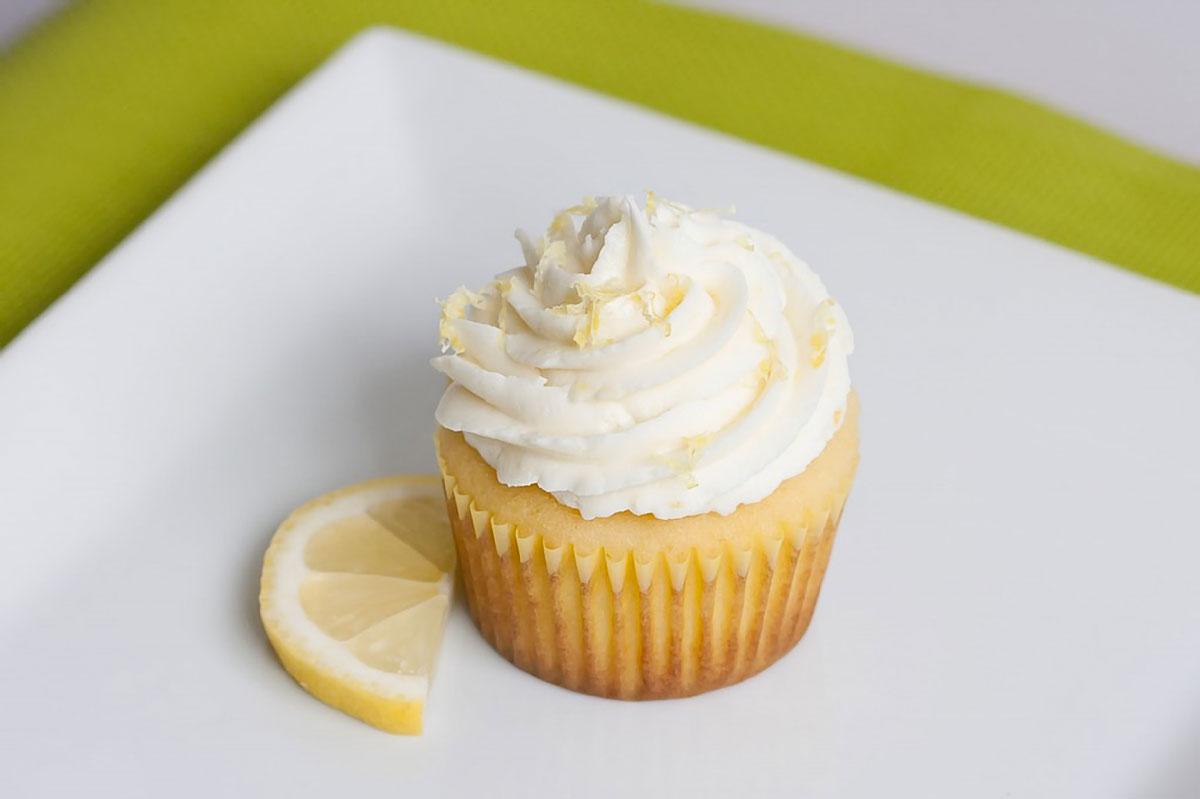 The Best Lemon Cupcakes