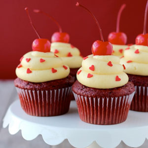 red velvet, cupcakes, recipe, baking, dessert, food, easy, heart sprinkles, cream cheese, frosting, maraschino, cherries