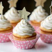 White Cupcakes with Vanilla Buttercream