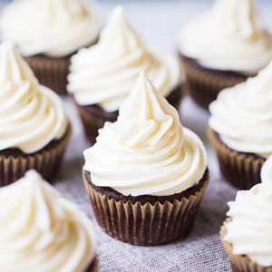 Caramel White Chocolate Cupcakes