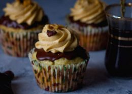 Banana & Walnut Cupcake