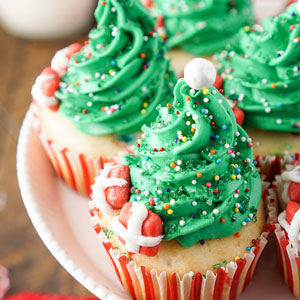 Easy Christmas Tree Cupcake