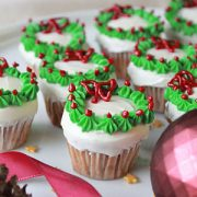 Mini Christmas Wreath Cupcakes