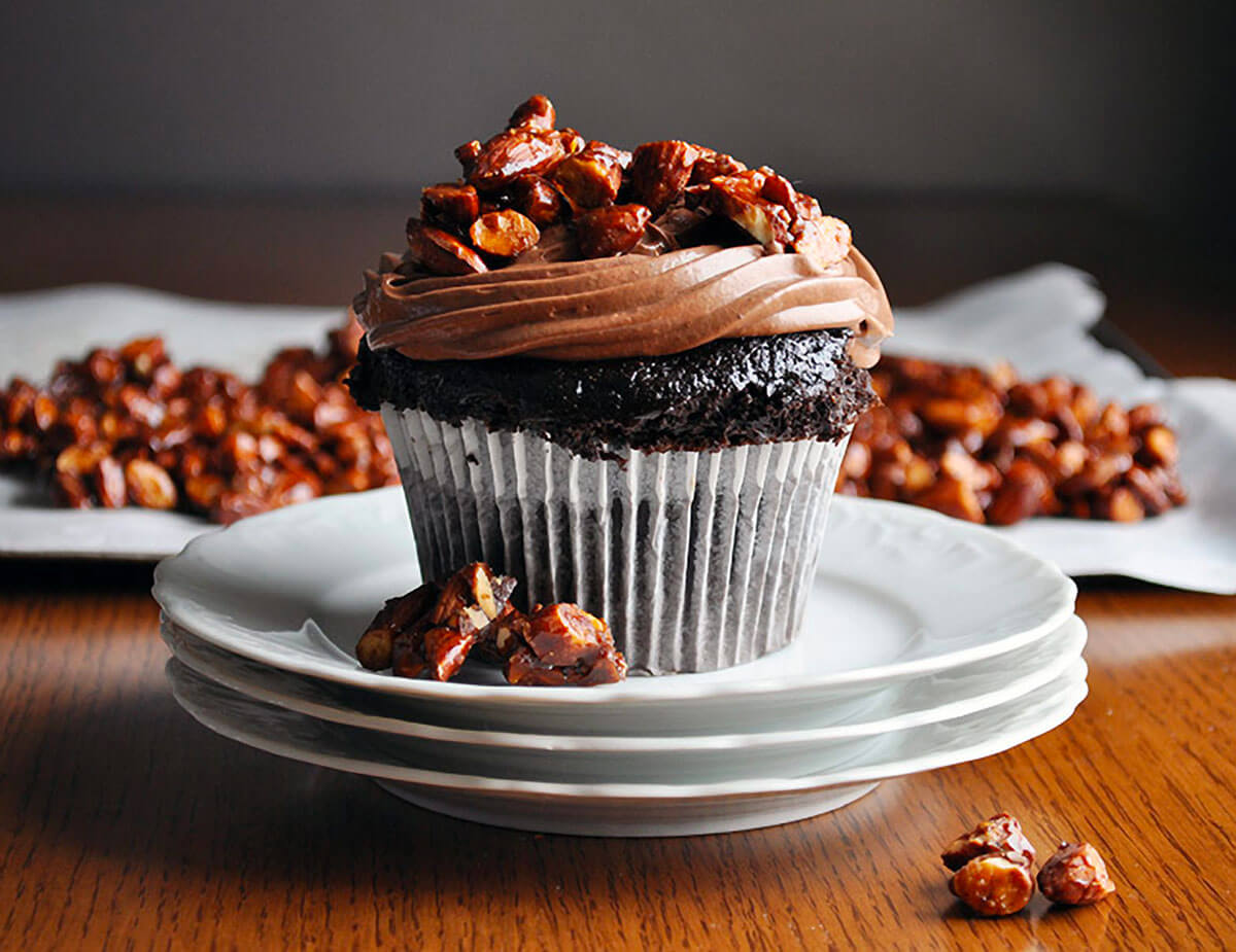 Ultra Moist Chocolate Cupcakes