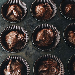 Chocolate Cupcakes with Earl Gray Fosting