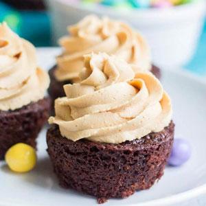Chocolate Peanut Butter Piñata Cupcakes