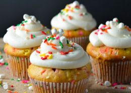 Marshmallow Funfetti Cupcakes
